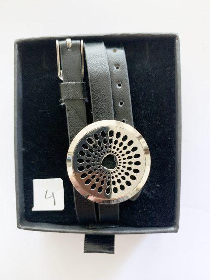 diffuser armband